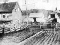 larger_Oct.Barn_.c.1900.jpg