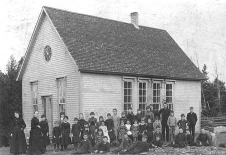 École Black Cape (McCrae), v.1885 / Black Cape School (McRae), c.1885