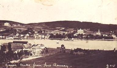 Gaspé Centre, depuis Fort Ramsay / Gaspé Centre from Fort Ramsay